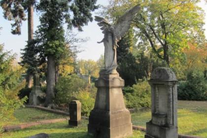Bestattungshaus Wolfram, pietät-und würdevolle Beerdigungen auf dem Südfriedhof Cottbus