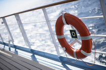 Seebestattung, blick vom Schiff aufs Meer raus